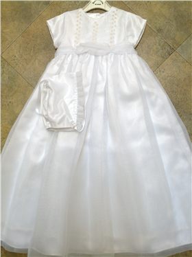 Sarah Louise Girls Ivory Embroidered Christening Dress & Bonnet 345