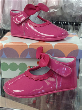 Andanines Baby Girls Pink Patent Leather Shoe T10118